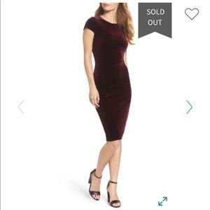 Felicity & Coco Vista Velvet Midi Dress (Maroon)